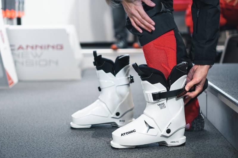 Jak dobrać buty narciarskie
